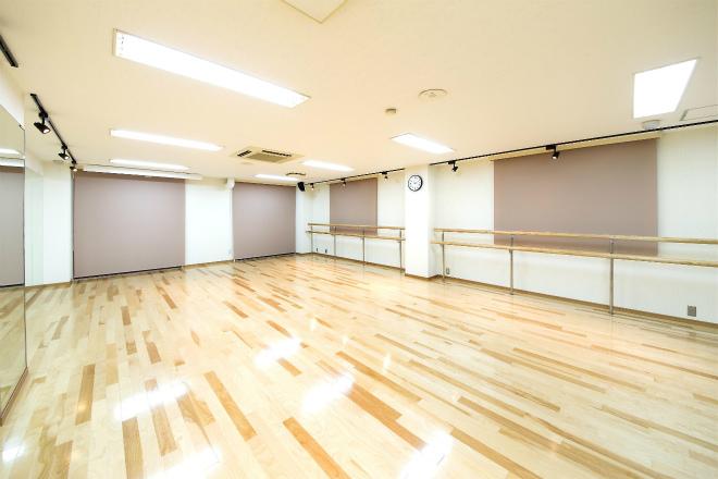 フェリーチェ ダンス教室内装.jpg
