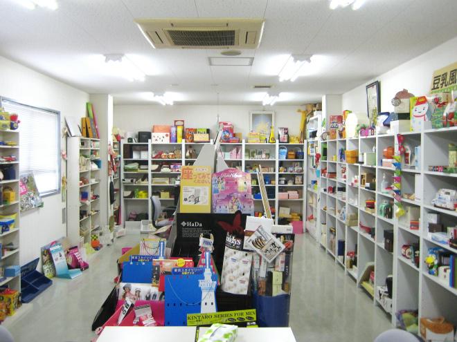 いづみ美術印刷株式会社ショールーム (5).jpg